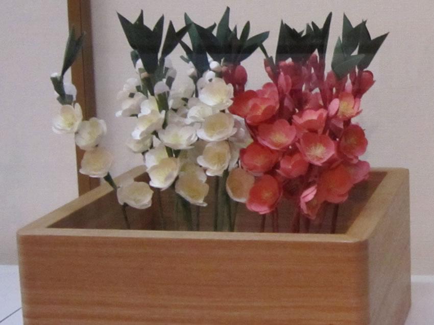 薬師寺の花会式 (修二会) 造り花 桃